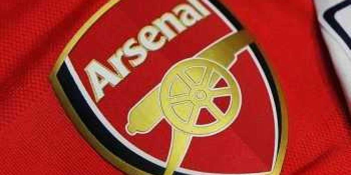 No pay cut at Arsenal