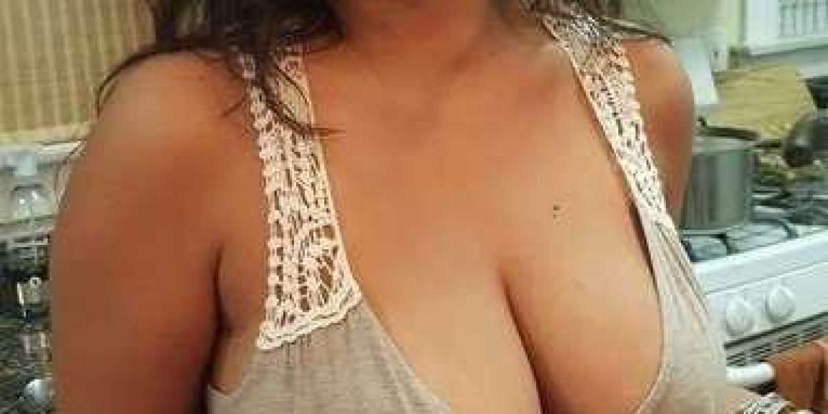 Enliven yourself with this Shaweta Majahan from Delhi Escorts