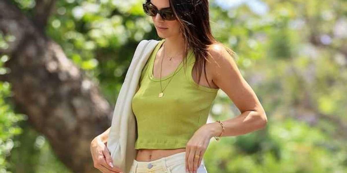 Off White Clothing collarbones